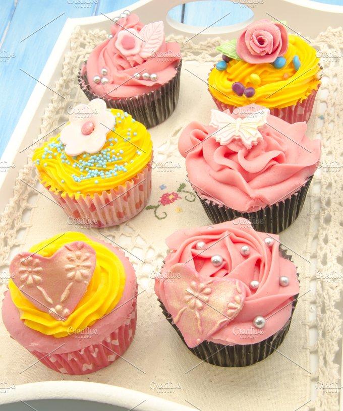 cupcakes (77).jpg - Food & Drink