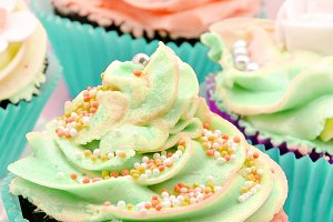 cupcakes decorados con crema (11).jpg
