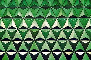 Horizontal green triangle cells with water drops illustration ba
