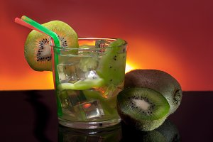 Beverage with kiwi and ice