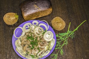 Herring with Dill , Onion