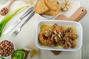 Roasted chicken parts with bio garlic, herb-garlic toast