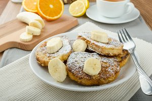 French toast to sweet, with banana sprinkled with sugar
