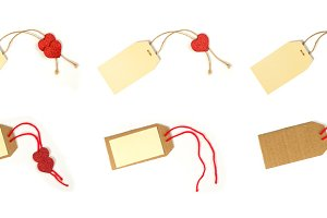 Paper label with rope and red hearts