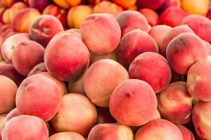 Fresh peaches at the market
