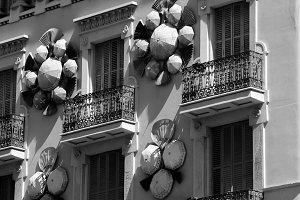 Umbrella building