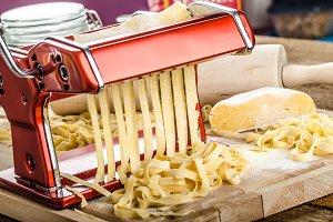 Production of homemade pasta - Italian pasta grinder
