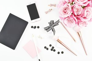 Pink & Black Rose Desktop Mockup 8