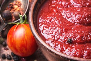 Tomato ketchup in bowl