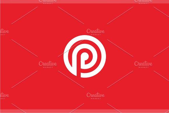 Point Target P Logo