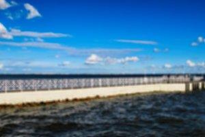 Horizontal background pier bokeh