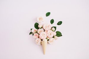 Waffle cone with rose buds