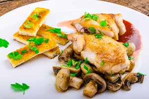 Chicken breast with red wine