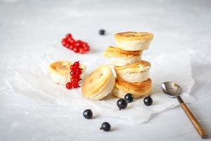 mini cottage cheesecakes