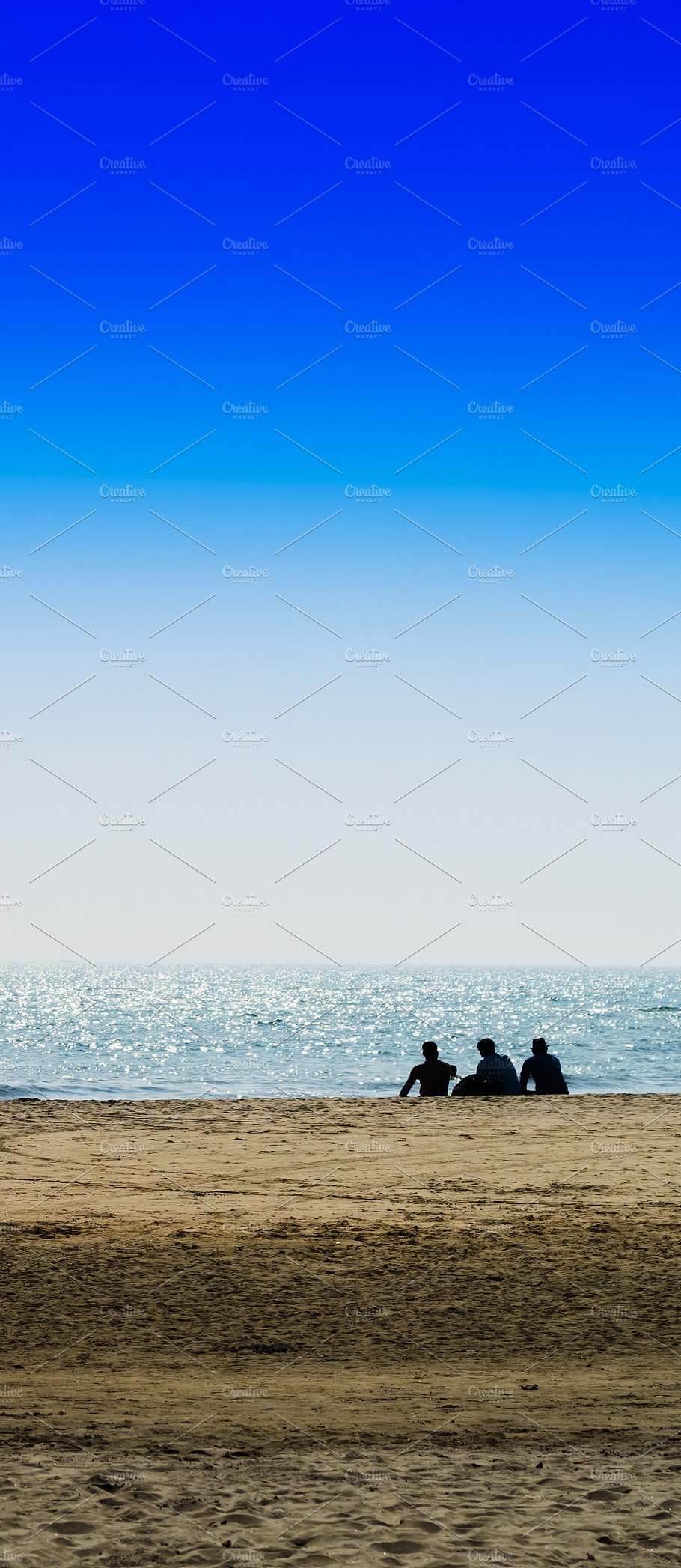 Vertical Three Freinds Sitting On The Ocean Beach Background Bac Nature