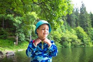Littlechild toddler boy outdoor.
