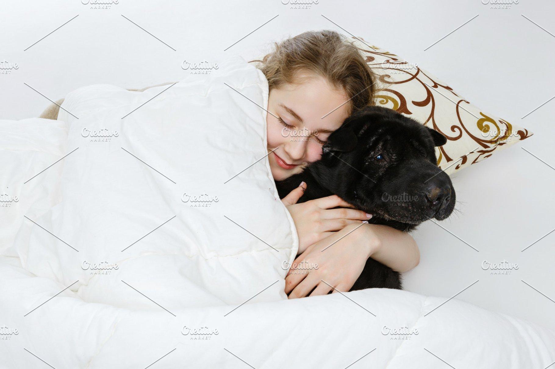 sleeping teen girls