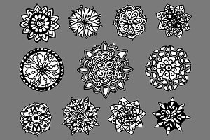 Doodle circle mandala set vector