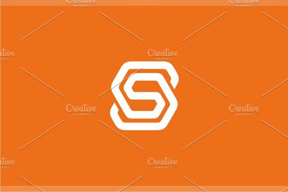 Smartech S Logo