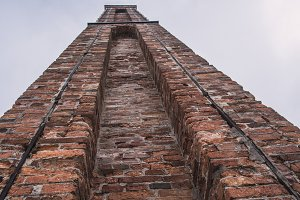 Brick wall structure chimney