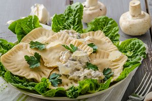 Ravioli stuffed with mushrooms and ricotta