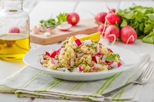 Couscous with radishes and herbs