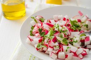 Radish Spring salad with herbs