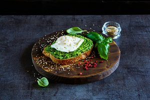 Avocado and poached egg sandwich