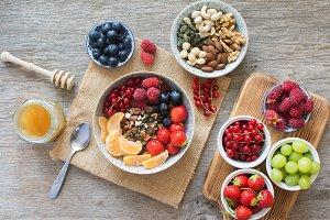 Paleo breakfast, grain free granola