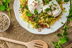 Spring salad of lentils with poached egg