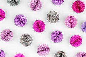 Honeycomb balls pattern