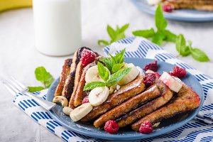 French toast with banana