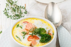 Chowder with salmon