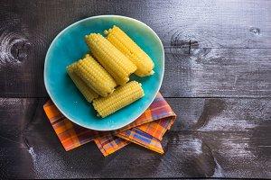 Boilden corn as a healthy food