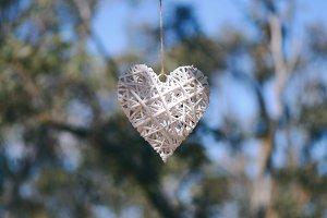 Wicker White Love Heart