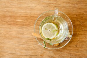 Herbal tea from lemon bal
