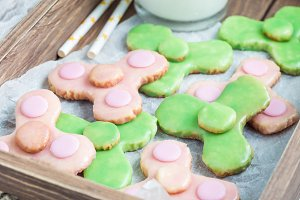 Homemade shortbread cookies in trendy spinner toy form , horizontal