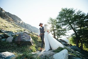 Wedding couple in the Alps