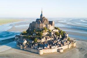 Le Mont Saint-Michel tidal island