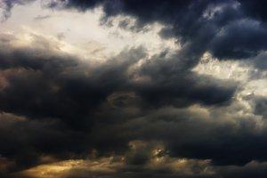 Horizontal dramatic cloudscape background