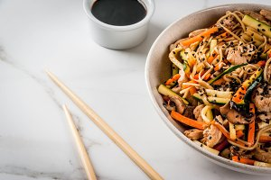 Stirfry with noodles