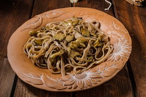 Wholemeal pasta with oyster
