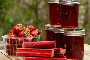 Berries and rhubarb jam