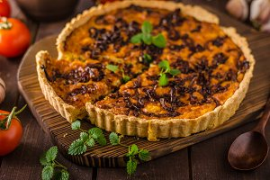 Delish quiche onion