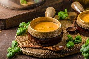 Vegetable tomato soup delish