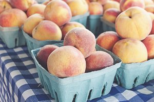 Fresh Peaches at Farmer's Market