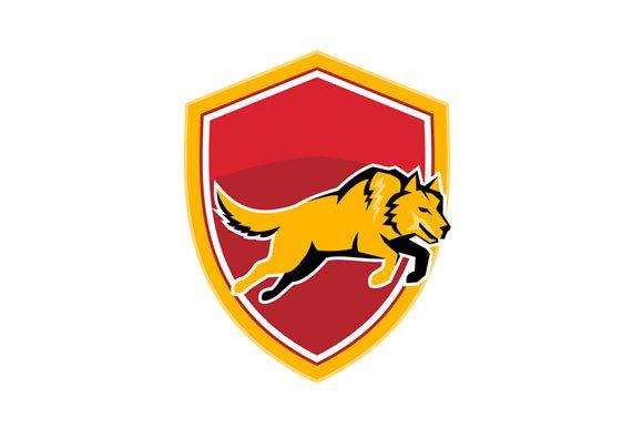 Wolf Jumping Crest Shield Retro