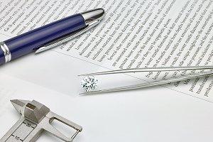 Diamond & Tongs with pen