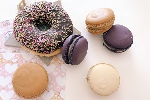 Macaroons and donuts
