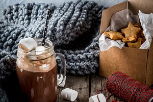 Hot chocolate and ginger stars